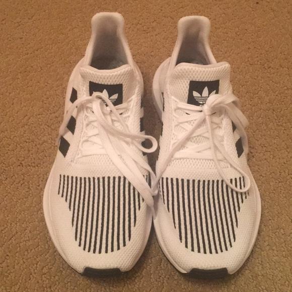 sale retailer cf1ed 07660 adidas Shoes - adidas Swift Run sneaker